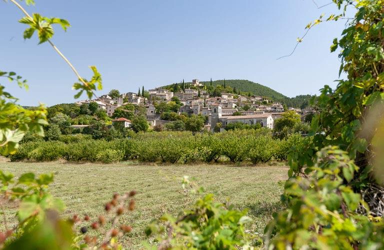Monteleger village
